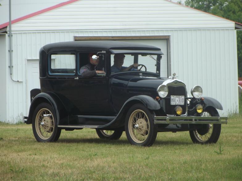Antique And Classic Car Club Of Canada